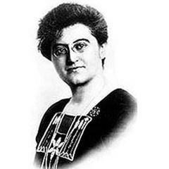 Венгерская пацифистка Розике Швиммер стала первой в истории мировой дипломатии женщиной-послом