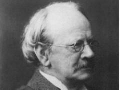 Английский физик Джозеф Томсон объявил об открытии им электрона