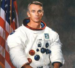 Экипаж космического корабля «Аполлон-17» в последний раз в XX веке ступил на лунную поверхность