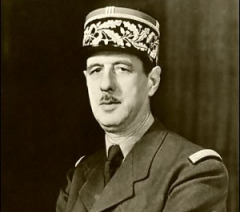 В Компьене заключено перемирие между фашистской Германией и французским капитулянтским правительством Петена