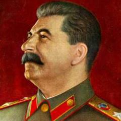 В СССР было введено звание Генералиссимус Советского Союза