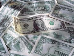 Конгресс США постановил назвать американскую валюту «долларом».