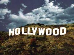 В Лос-Анджелесе на склоне горы появилась знаменитая надпись «Hollywood»