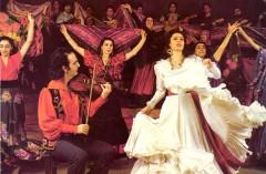 На основе студии при Главискусстве Наркомпроса РСФСР организован профессиональный цыганский театр «Ромэн»