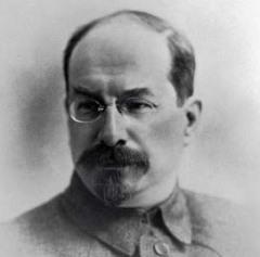 Правительство Советской России (Совнарком) приняло декрет о национализации всего кинодела в стране