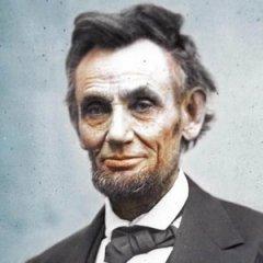 В этот день Aвраам Линкольн объявил о том, что с 1 января 1863 года все рабы «отныне и навсегда будут свободными»
