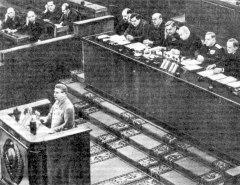XIX съезд КПСС принял директивы пятого пятилетнего плана развития народного хозяйства, предусматривающие рост промышленного производства к 1955 году на 70 % по отношению к 1950 году и значительный рост сельскохозяйственной продукции