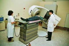 Для борьбы со злокачественными образованиями впервые применено радиационное облучение