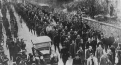 В Германии начались массовые еврейские погромы («Хрустальная ночь»)