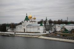 Воздвигнут Ипатьевский монастырь